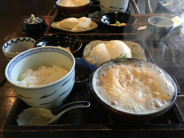 箱根湯本の湯葉丼