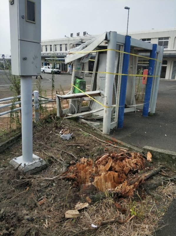 都城駅前の台風10号被害