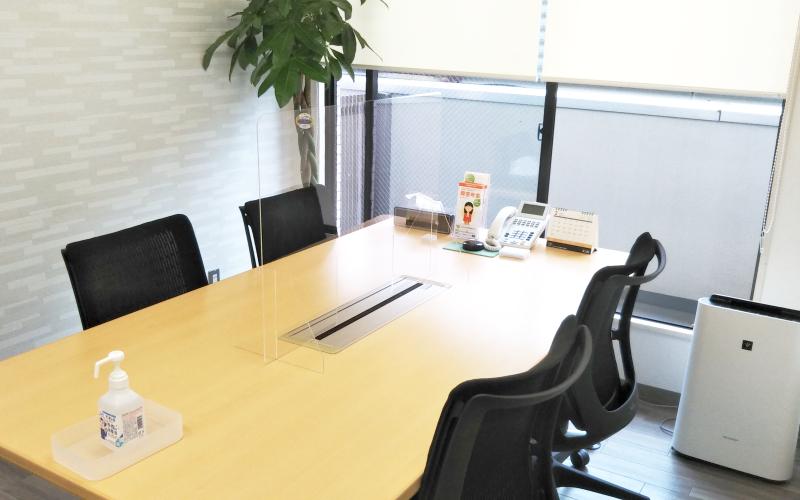 湘南平塚オフィス 相談室